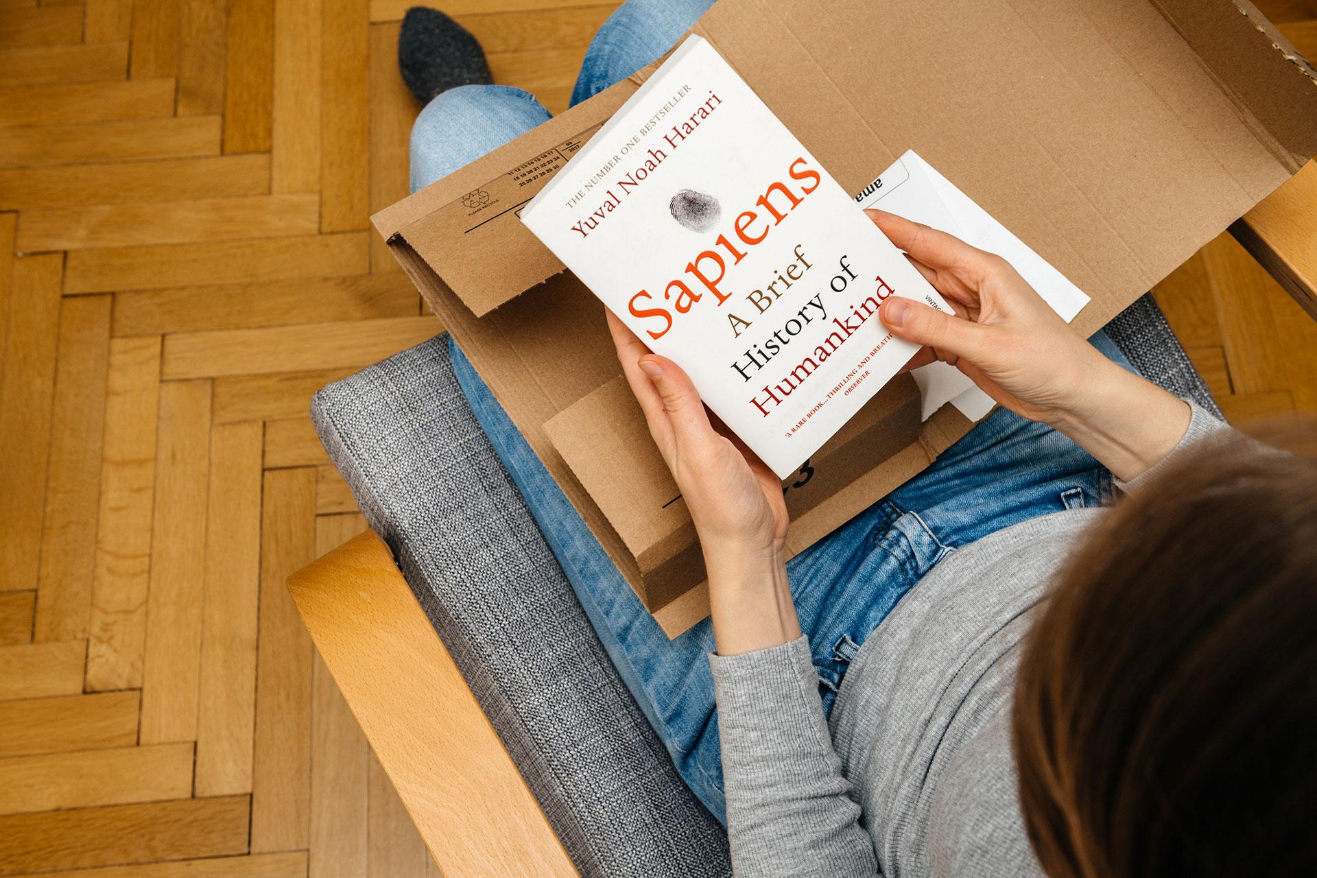 Polecane książki o storytellingu - Yuval Noah Harari | Dorota Salus